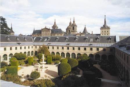 Colegio Mayor María Cristina